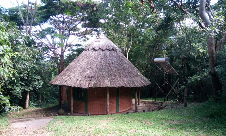 Alojamento-Ndzou-camp