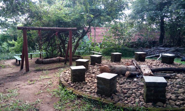 Zona-comum-Ndzou-camp